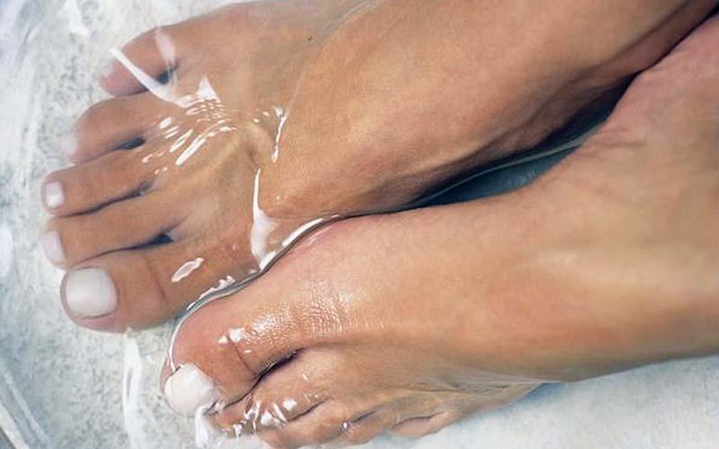Baking Soda with Peroxide Bath