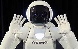 Watch Honda's Asimo Robot Play Soccer